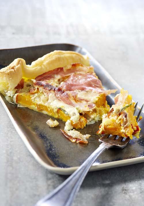 Pompoentaart met pancetta en salie