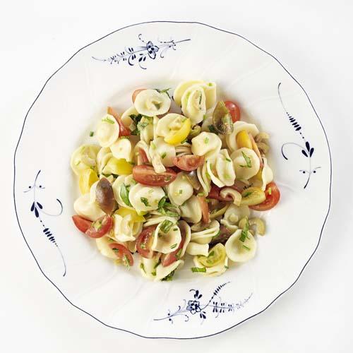 Italiaanse pastasalade in 3 kleuren