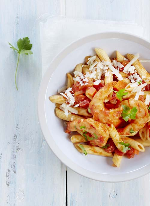 Penne met scampi's in tomatensaus