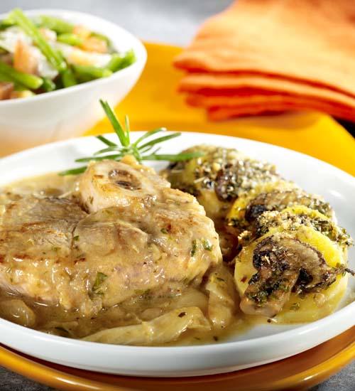Jarrets de veau, gratin de pommes de terre aux champignons