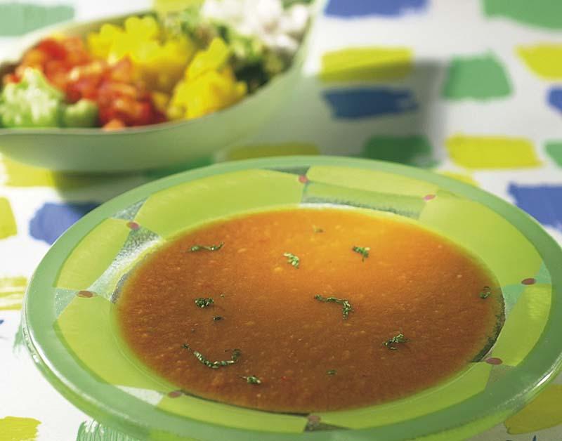 Gaspacho aux petits dés de légumes