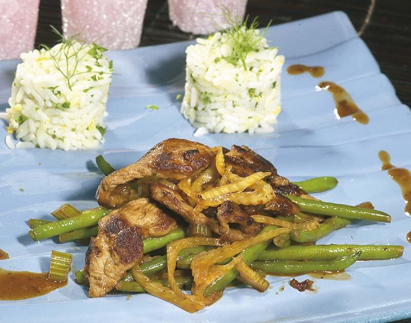Biefstuk met krokante groentjes in zoetzure saus