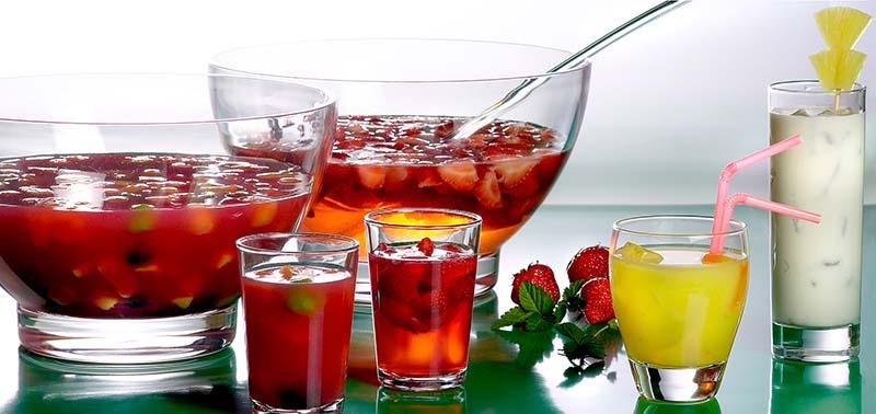 Riesling-aardbeienbowl