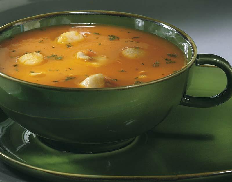 Potage festif de légumes aux fruits de mer