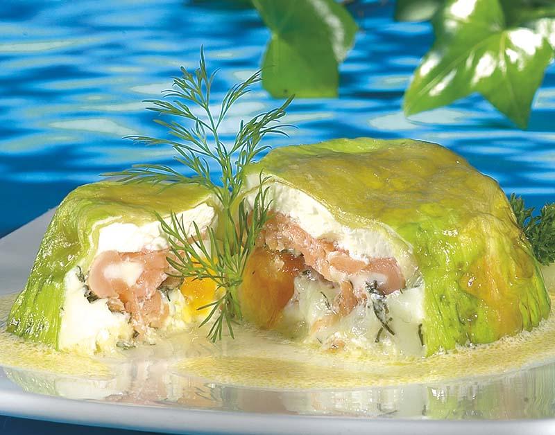 Timbales de saumon à la salade iceberg