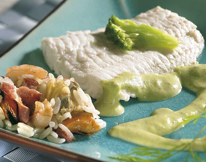Loup de mer au brocoli et riz aux fruits de mer