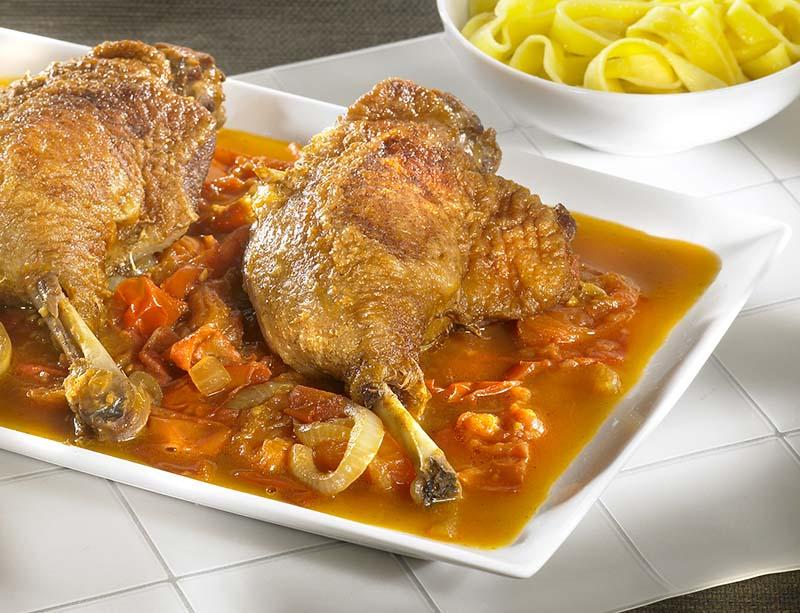 Cuisses de canard aux carottes oranges et safran colruyt - Cuisse de canard en sauce ...