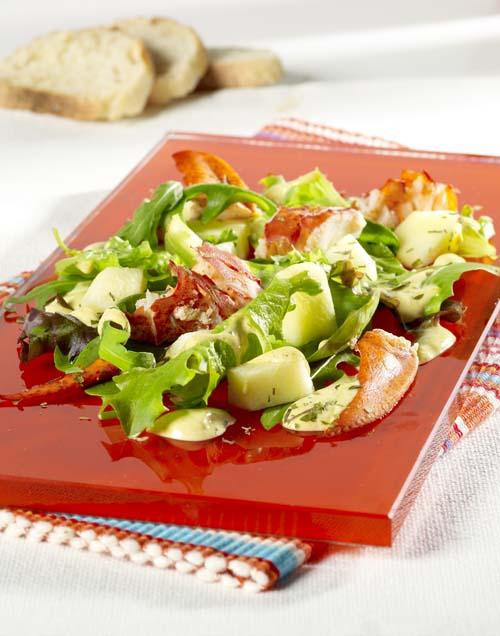 Salade de homard aux pommes, sauce curry