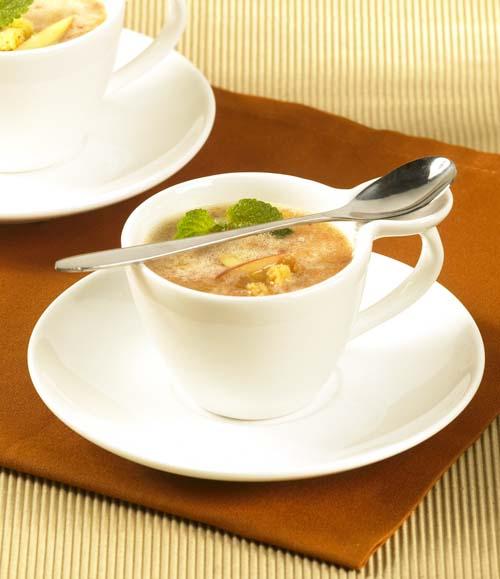 Soupe froide aux fruits tropicaux