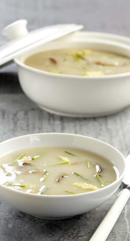 Soupe d'asperges aux pleurotes