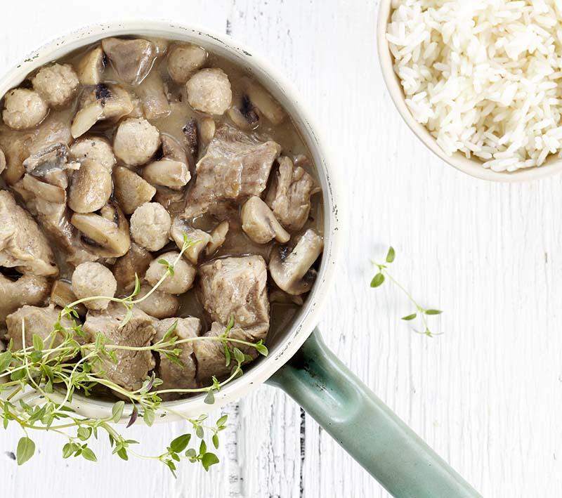 Blanquette de veau aux boulettes et aux champignons