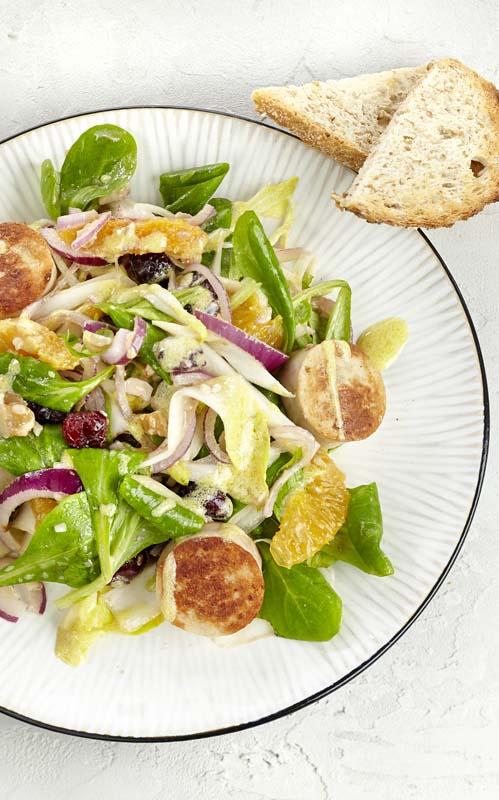 Salade de chicons aigre-douce au boudin blanc