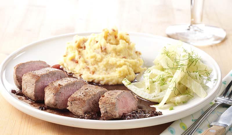 Filet d'agneau au fenouil et sauce au banyuls