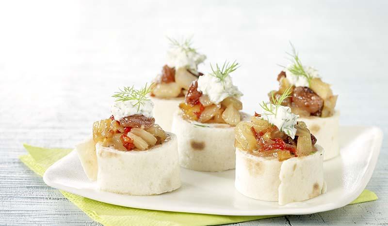 Tortillas de saumon fumé et chutney au fenouil