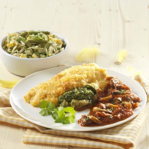 Filet de poulet farci aux épinards et risones aux légumes