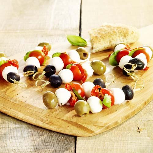 Brochettes tomate-mozza à l'italienne