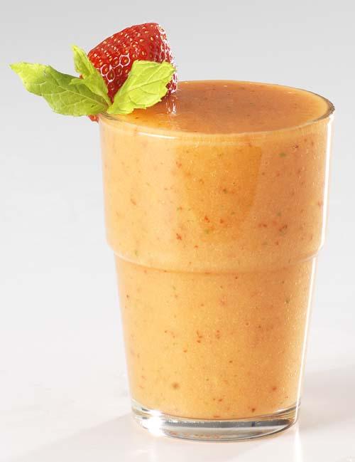Smoothie mangue-fraise