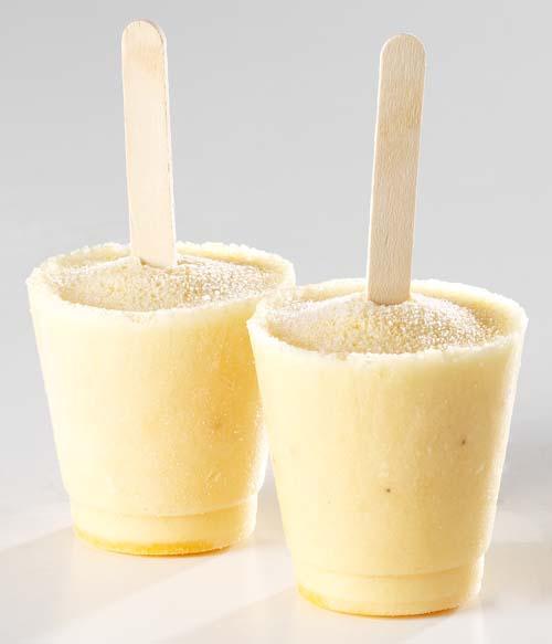 Glace au yaourt et coulis de la passion