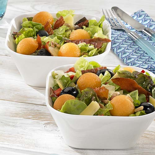 Salade aux billes de melon et au Vieux Bruges