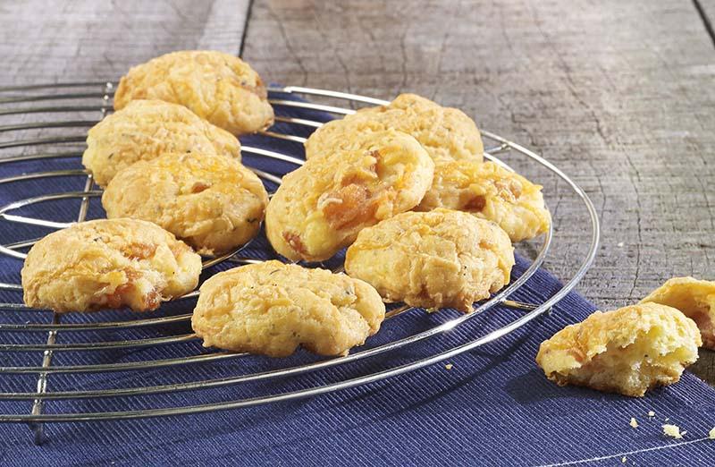 Biscuits au fromage et au saumon fumé