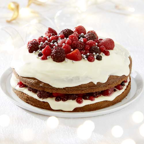 Gevulde kerstcake met bosvruchten